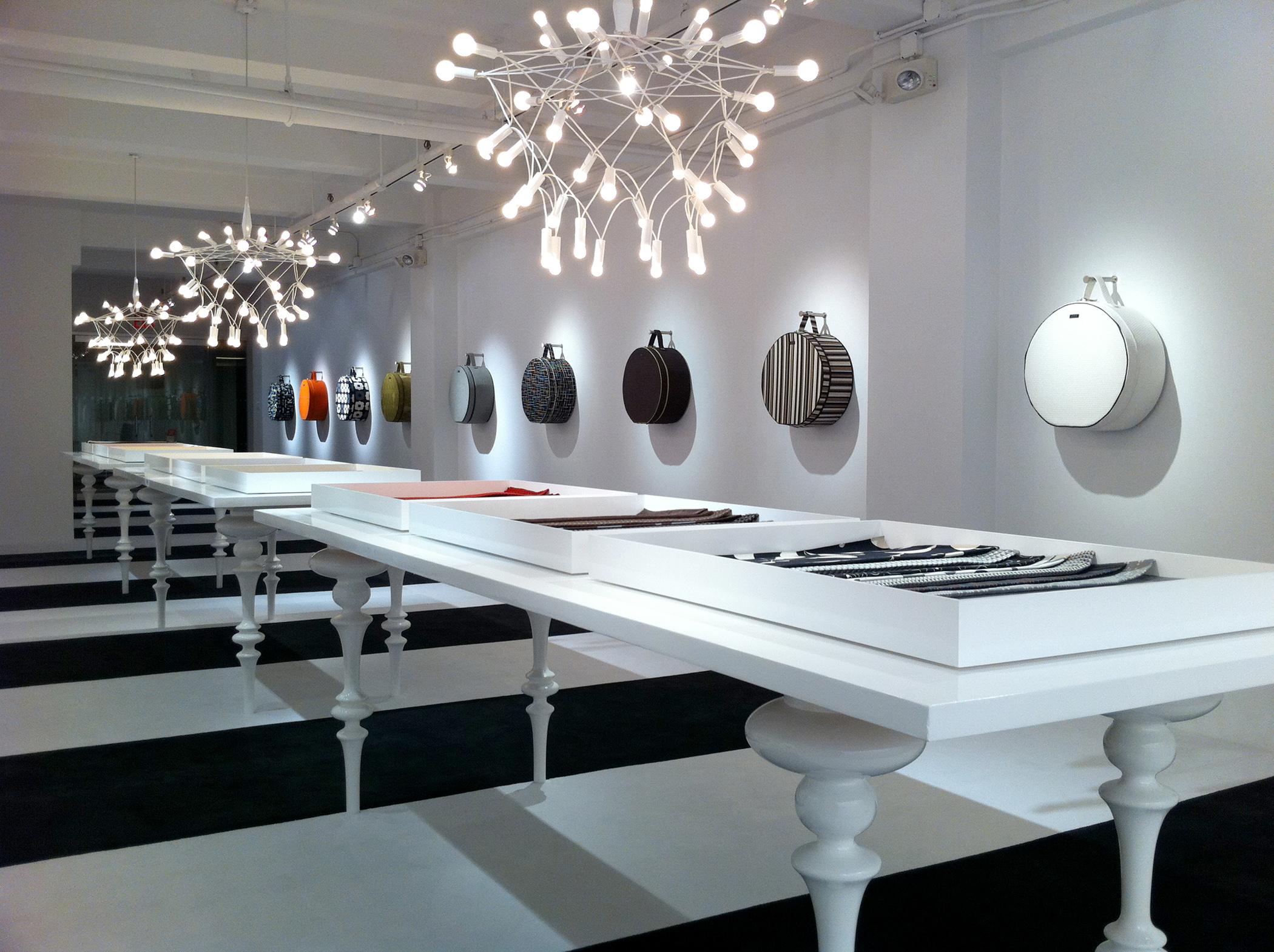 Luna textiles new york showroom graphis - Luna textil ...